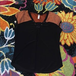 Tan and black Short sleeve blouse, professional!